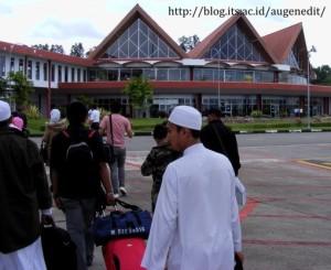 Bandar udara Pattimura - Ambon